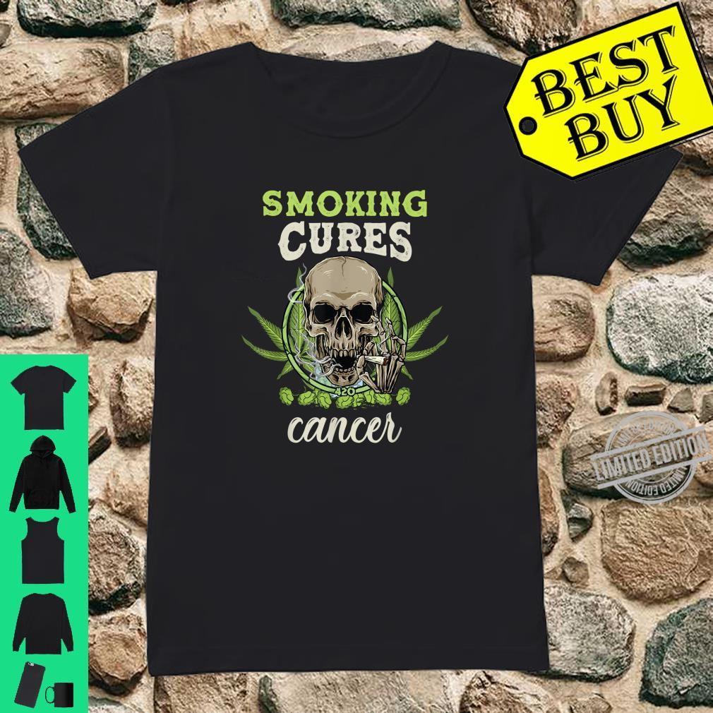 Cannabis can cures cancer. Legalize it Shirt ladies tee