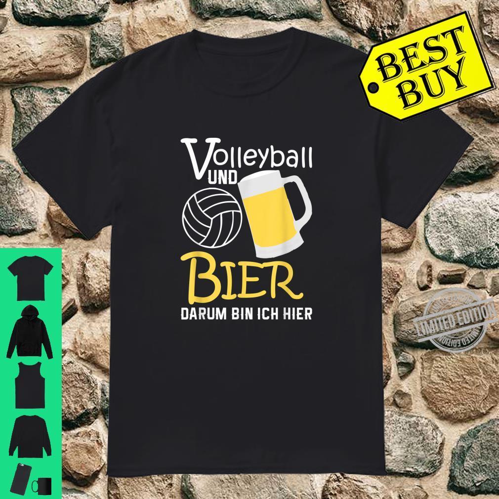 Herren Vatertag Papa Outfit Volleyball und Bier Darum bin ich hier Shirt