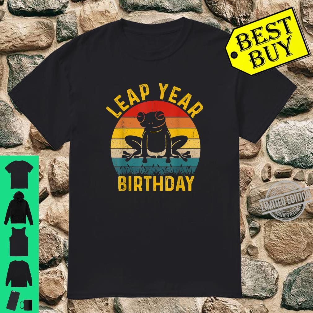 Leap Year Birthday Vintage February 29 Leap Day Frog Shirt