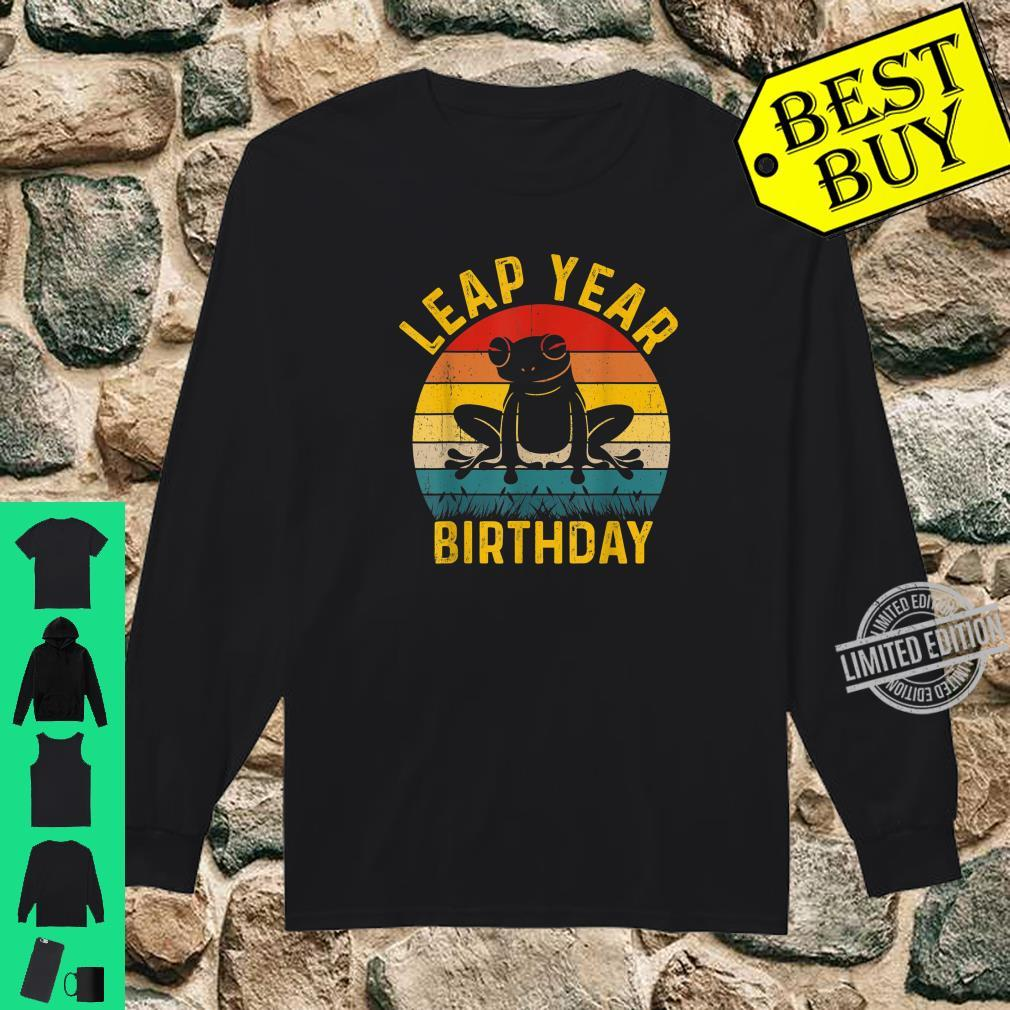 Leap Year Birthday Vintage February 29 Leap Day Frog Shirt long sleeved