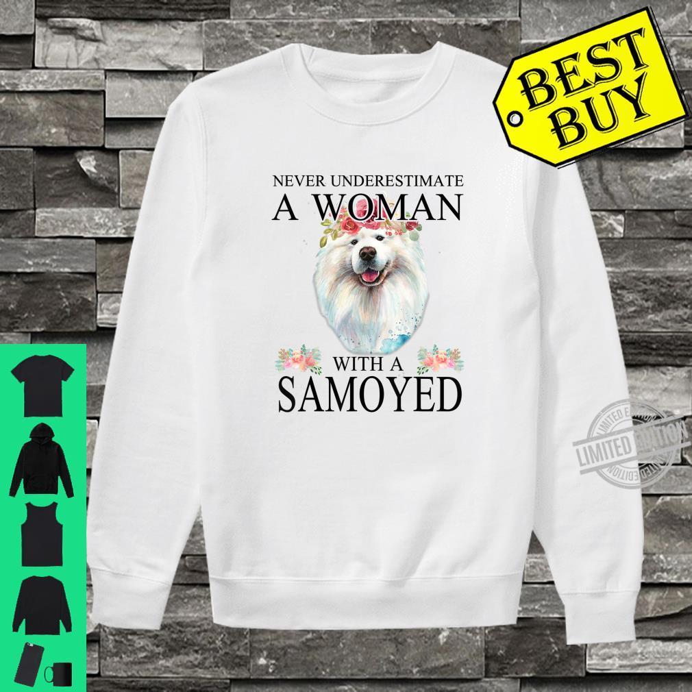 Womens Samoyed Dog Mom Mama Mother Grandma Theme Shirt sweater